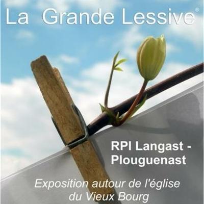 RPI Plouguenast - Langast : photos de la Grande Lessive