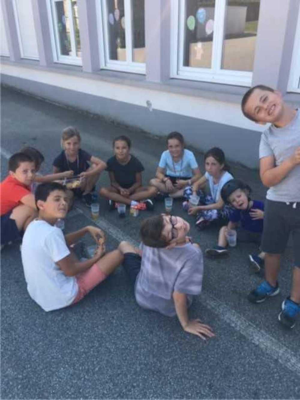 Samedi 14 septembre : Matinée nettoyage à l''école Saint-Pierre image6