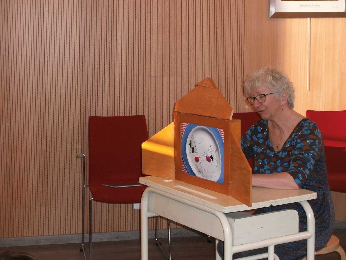 La bibliothèque de Plouguenast-Langast gedc0906