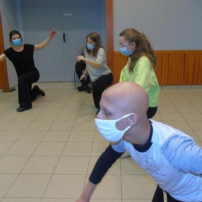 Classes de troisième du Collège Saint-Joseph - activité de danse