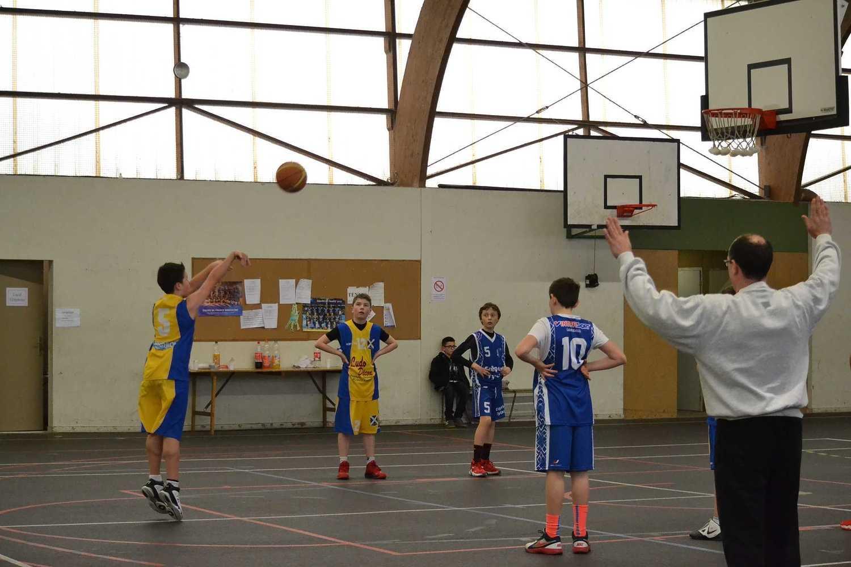 J.S.P Basket dsc0423
