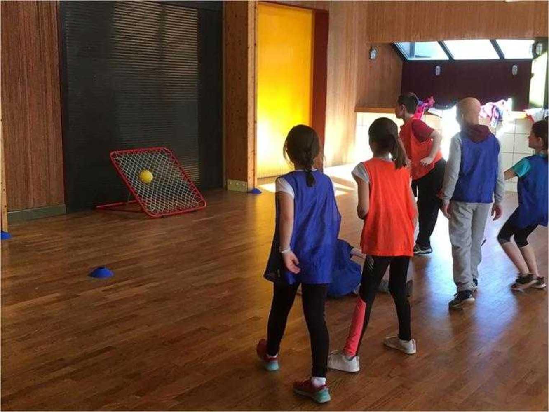 Cap Sports : photos animations Rollers et Tchoukball photoemilie5