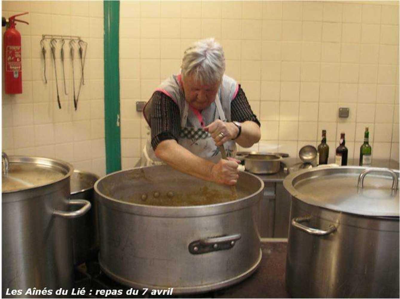 Les Aînés du Lié : photos du repas langue de boeuf image33