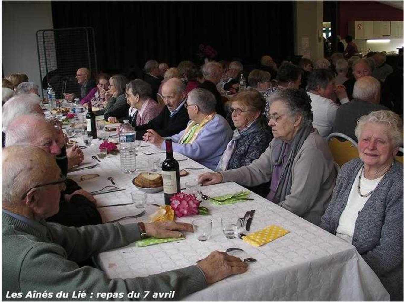 Les Aînés du Lié : photos du repas langue de boeuf image37