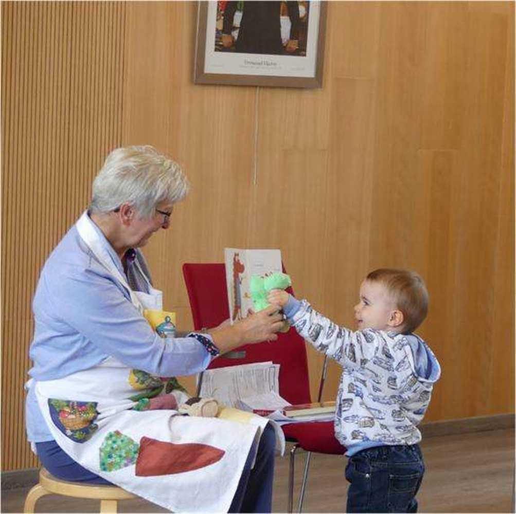 Photos de la séance des bébés lecteurs du 7 mai image6