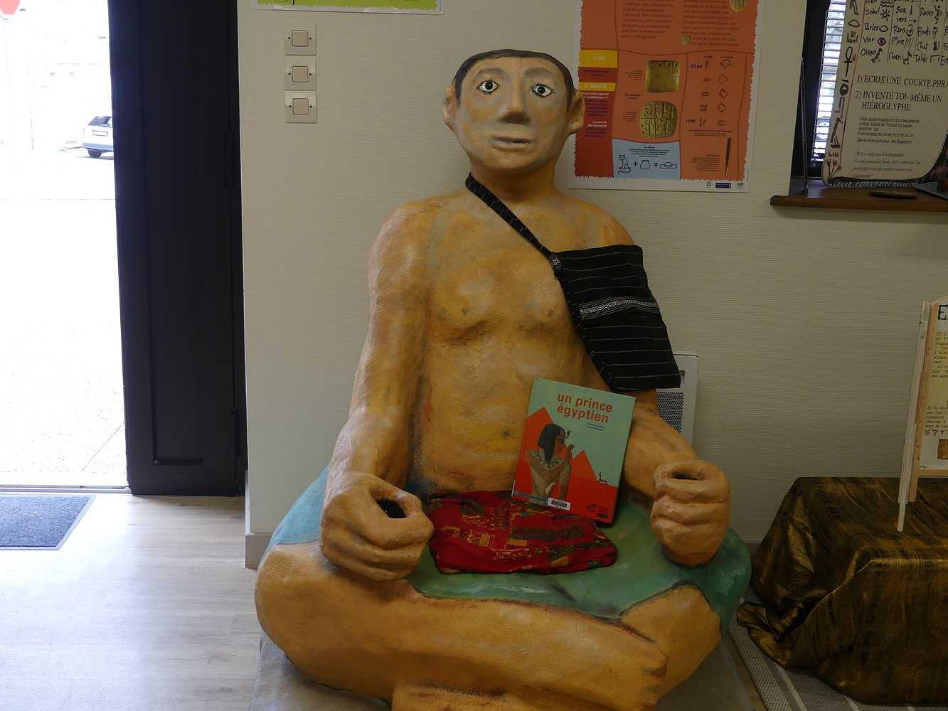 Bibliothèque : Informations sur l''exposition Contes et écritures 0