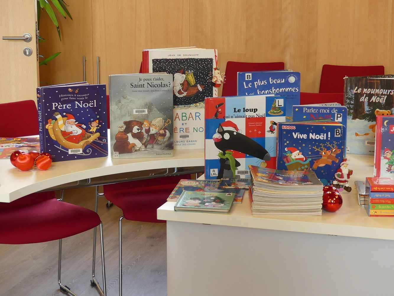 Bibliothèque : les livres de Noël sont arrivés. 0