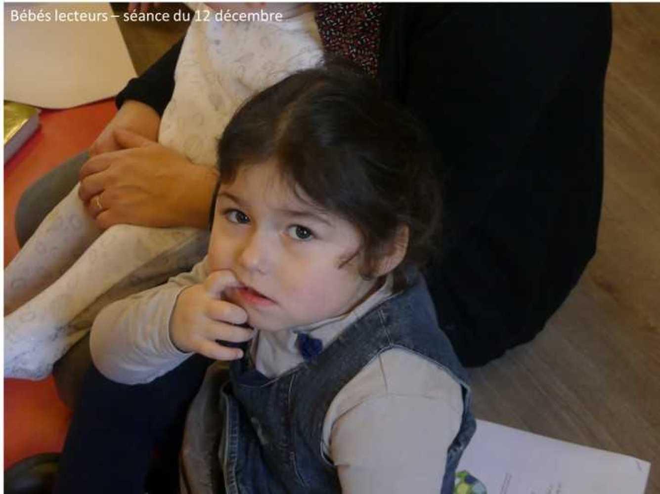 Photos et vidéo de la séance des bébés lecteurs du 12 décembre image3