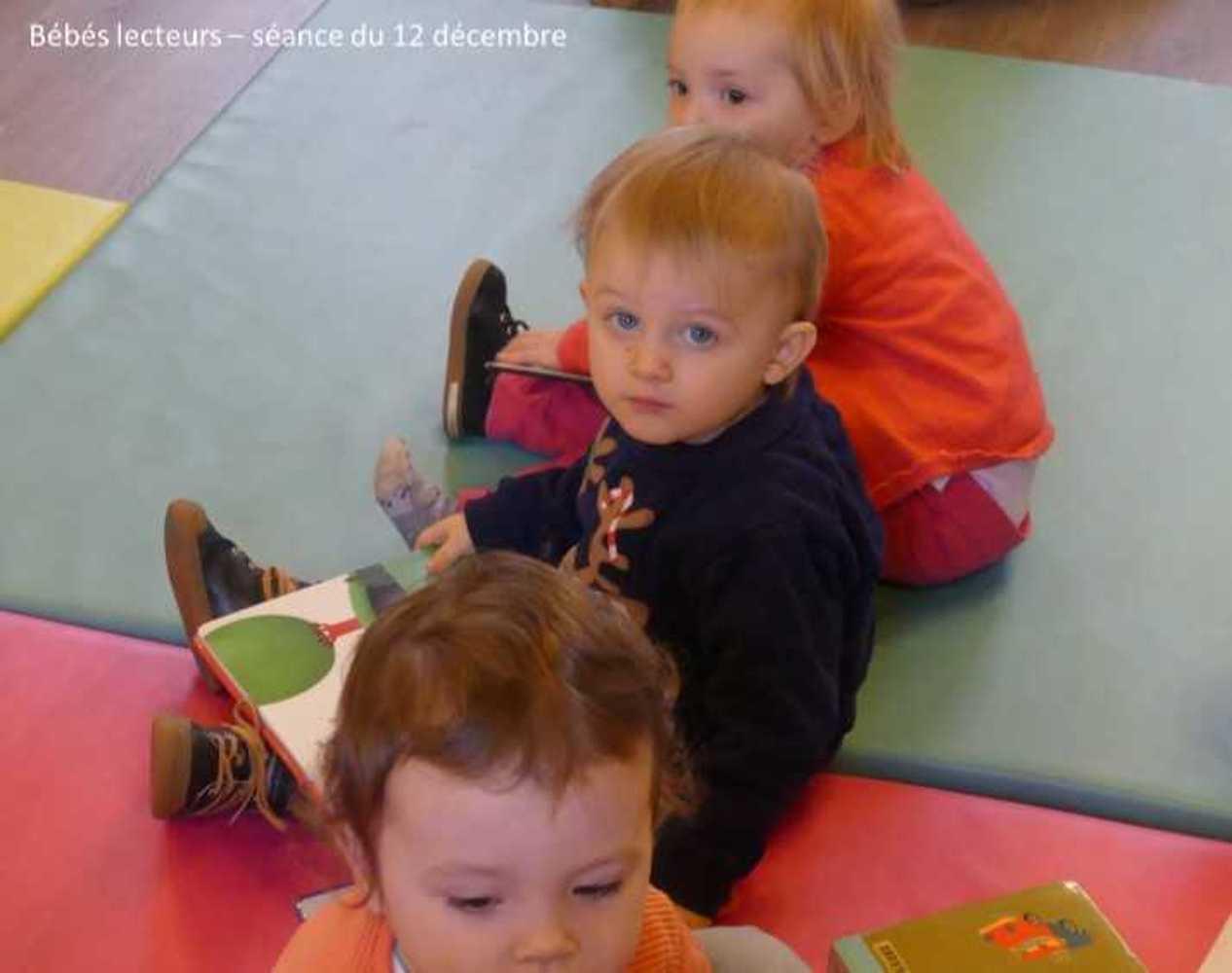 Photos et vidéo de la séance des bébés lecteurs du 12 décembre image5