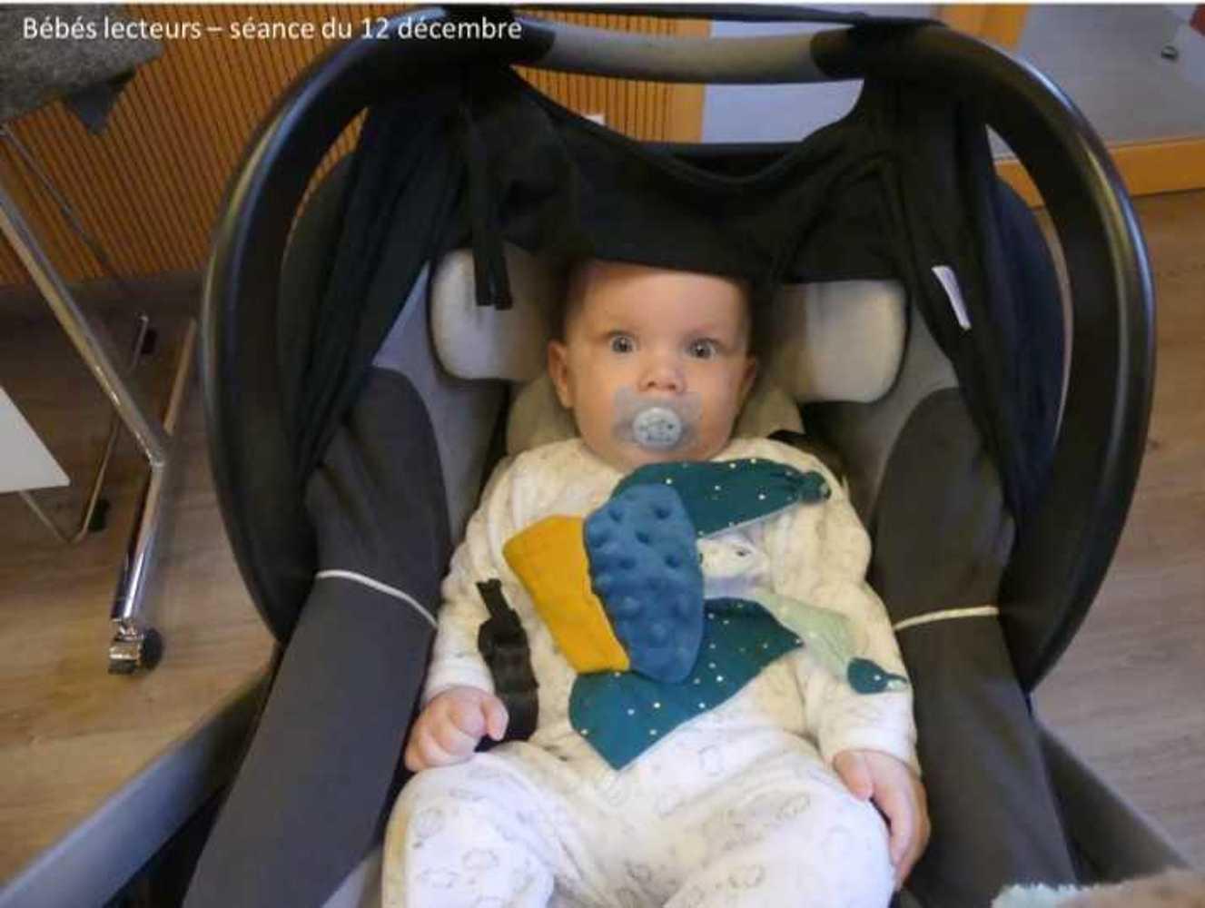Photos et vidéo de la séance des bébés lecteurs du 12 décembre image9
