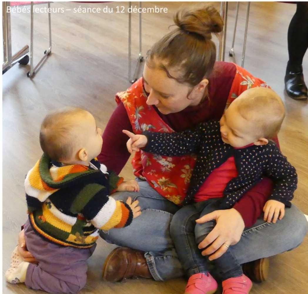 Photos et vidéo de la séance des bébés lecteurs du 12 décembre 0