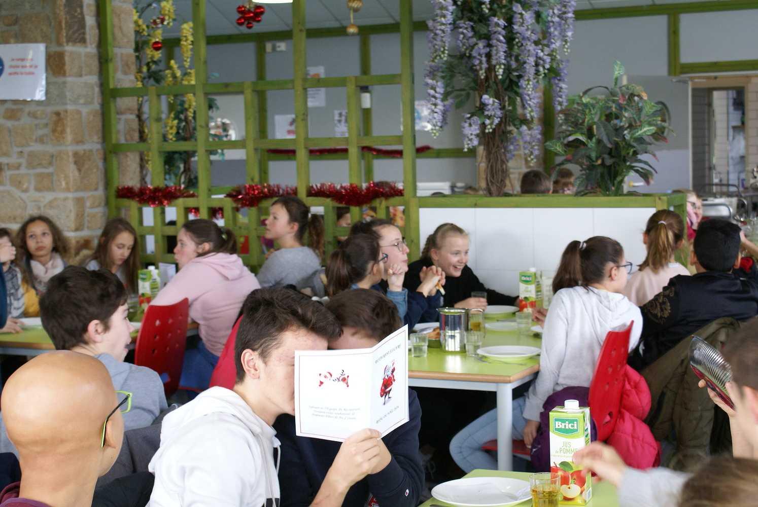 Noël au restaurant scolaire 0