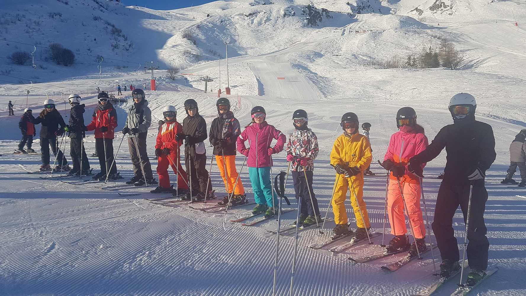 Photos des élèves de 4ème en classe de neige 0