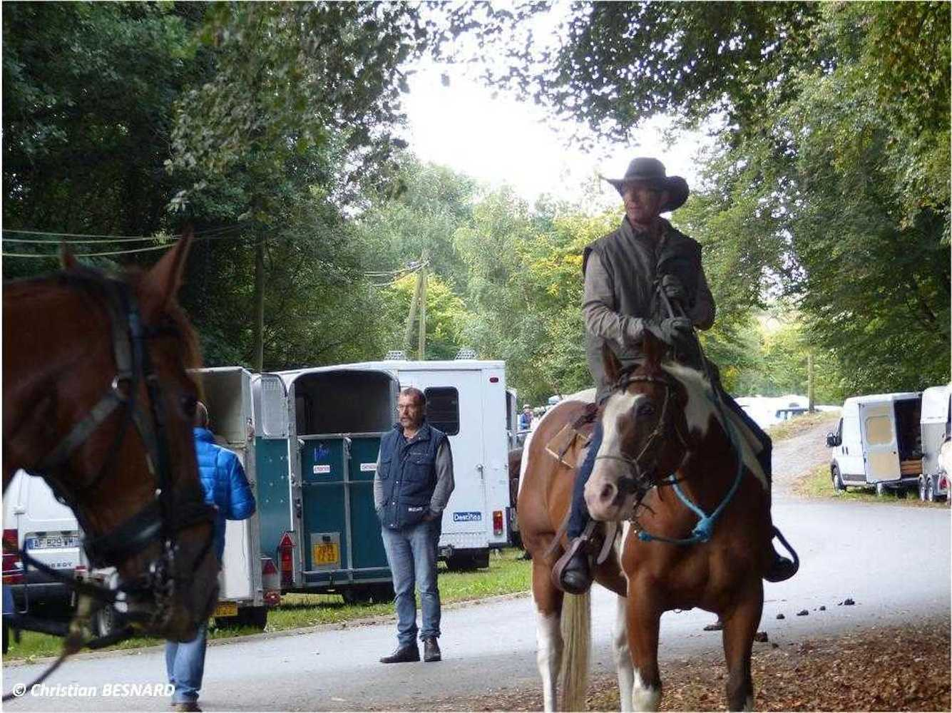 Photos de la randonnée équestre du dimanche 16 septembre image1