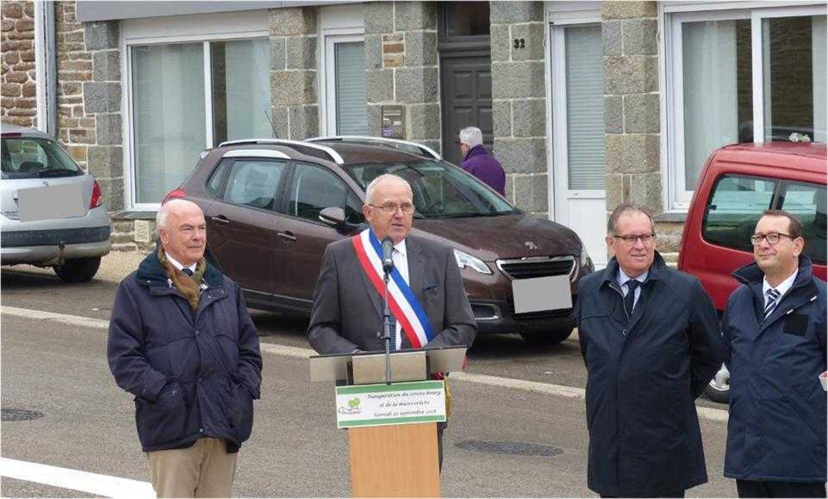 Photos inauguration centre bourg et micro-crèche - Samedi 22 septembre image9