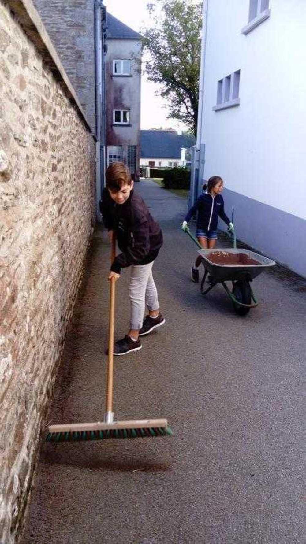 Matinée nettoyage de l''école - 29 septembre image7
