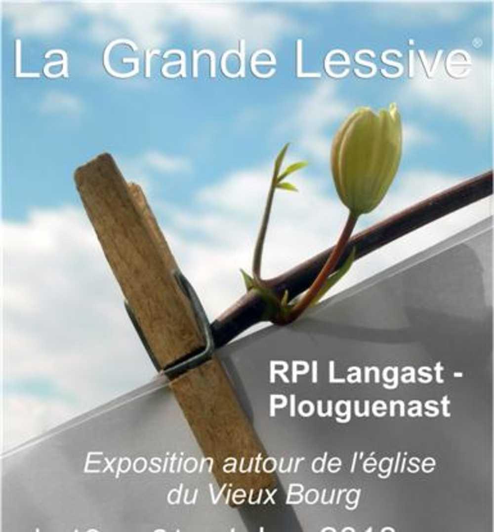RPI Plouguenast - Langast : photos de la Grande Lessive 0