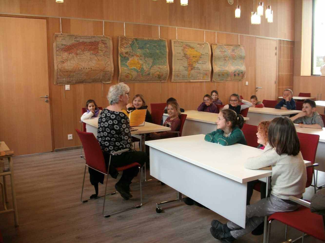 La bibliothèque de Plouguenast-Langast gedc0827