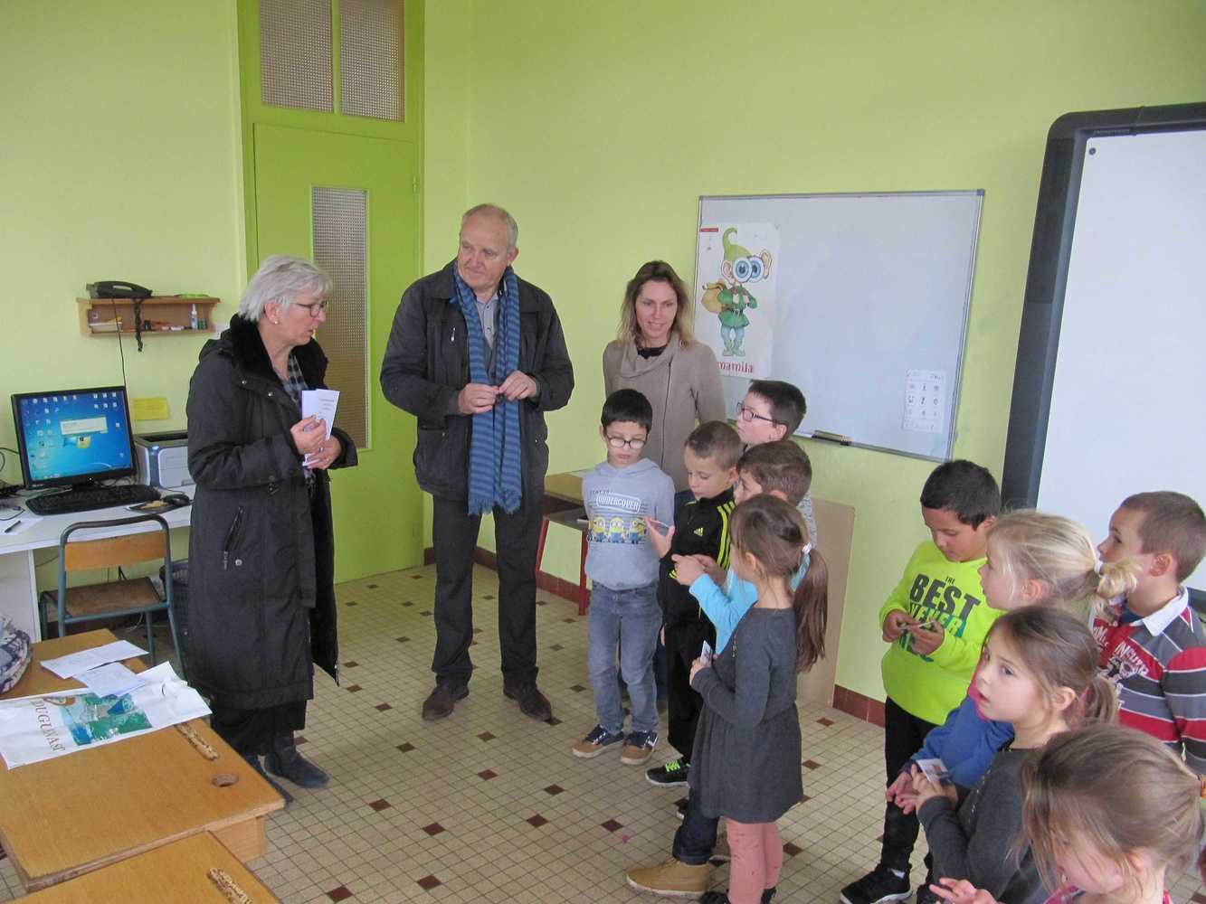 La bibliothèque de Plouguenast-Langast img2903